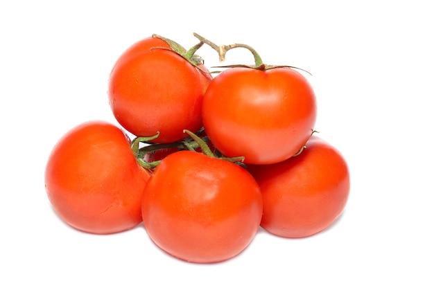 빨간 토마토 흰색 절연의 그룹