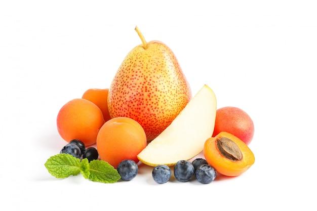 分離された甘い果物のグループ