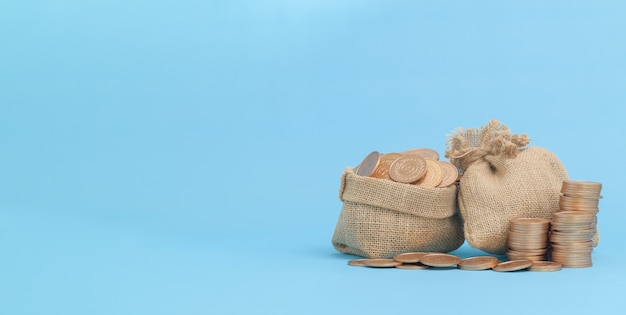 Финансирование бизнеса growing money и экономия денег инвестиционная концепция укладки монет