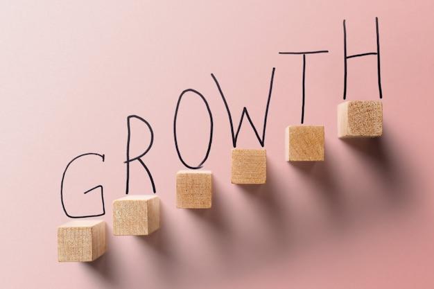 成長ビジネスコーラルカラーコンセプト。