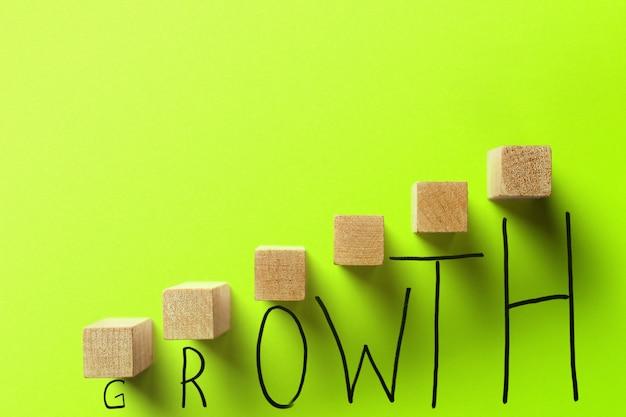 成長ビジネスグリーンカラーコンセプト。