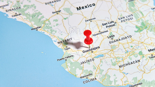 컬러 핀을 보여주는지도에 과달라하라, 멕시코