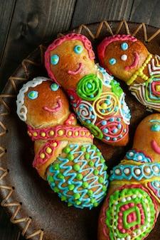Гуагуа и колада морада, гуагуа-де-пан, вавас-де-пан, хлеб мертвых в боливии, эквадоре, перу