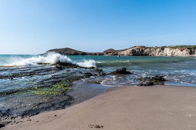Гуахира колумбия берег пустынного пляжа