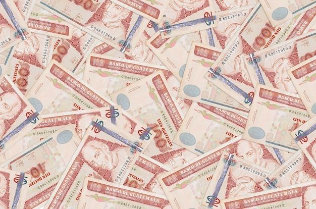 과테말라 케찰 지폐는 큰 더미에 놓여 풍부한 생활 개념적 배경 큰 금액