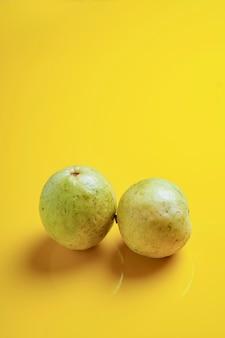 グアバまたはpsidiumguajava linn、果物。