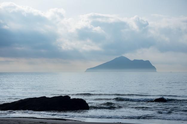 台湾、宜蘭の亀山島。