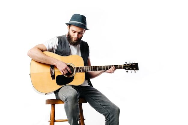 演奏と歌のギタリスト