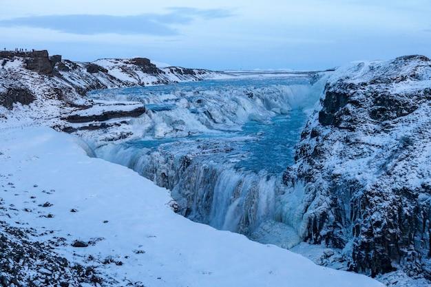 アイスランド、グトルフォス-01022018アイスランドで最も美しい滝の1つであるグトルフォス。