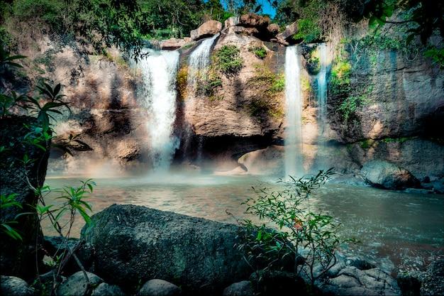Haew suwat waterfall национальный парк кхао яй
