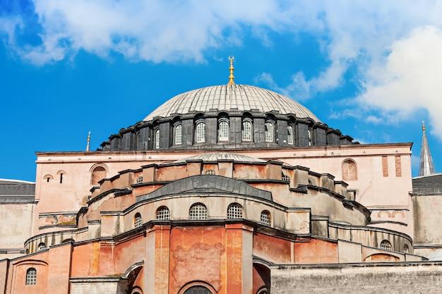Собор святой софии в стамбуле, турция. собор святой софии - величайший памятник византийской культуры.