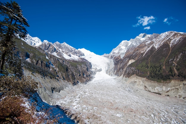 Hailuogou氷河、moxi町、luding郡、四川、中国