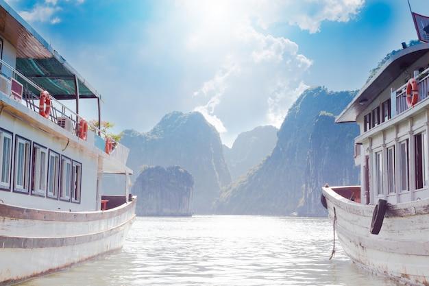 Haiphong、ベトナム北部のha long bayの南東端。
