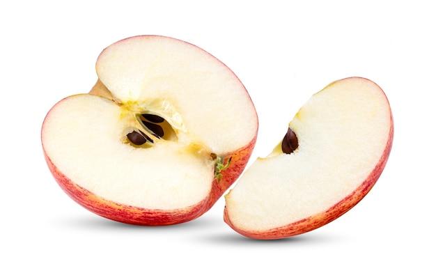 흰색 배경에 고립 된 씨앗 없이 절반 빨간 사과 과일