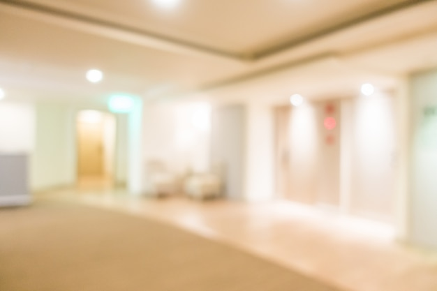 Sala con ascensori