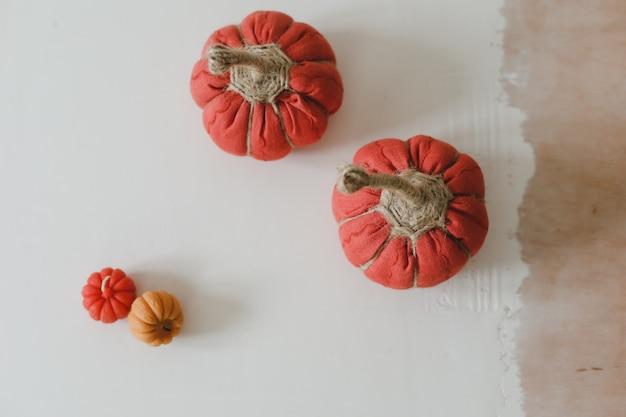 Хеллоуин и осенняя уютная композиция с тыквами октябрьское украшение для дома