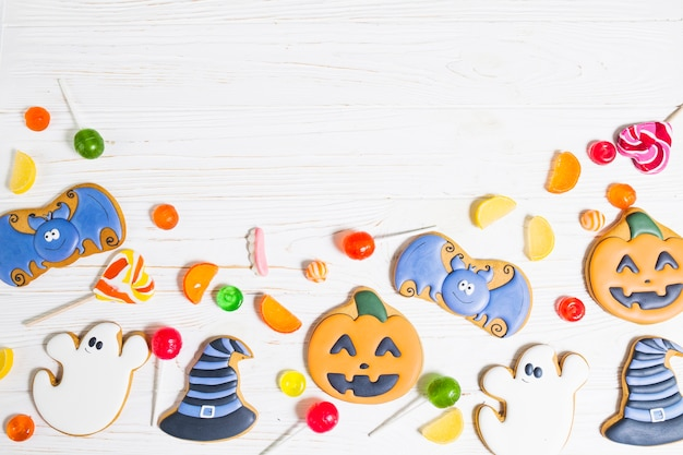 Halloween cookies between sweeties