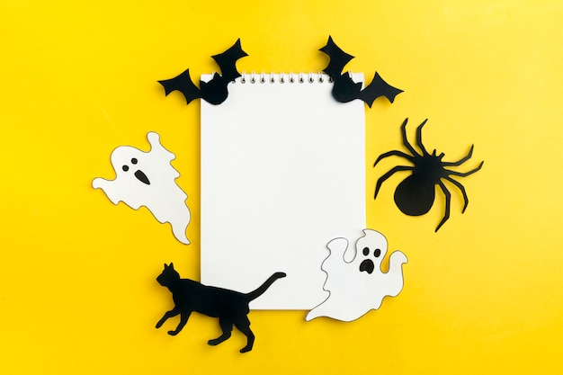 Halloween crafts - cat, spider, bats, ghosts of black and white paper
