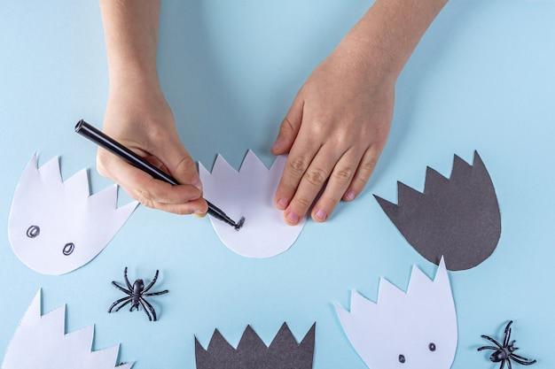 Украшение на хэллоуин. концепция diy и детское творчество.