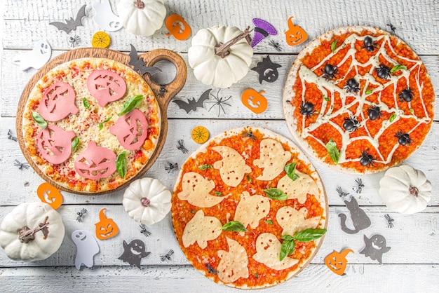 Хеллоуин украшенная пицца