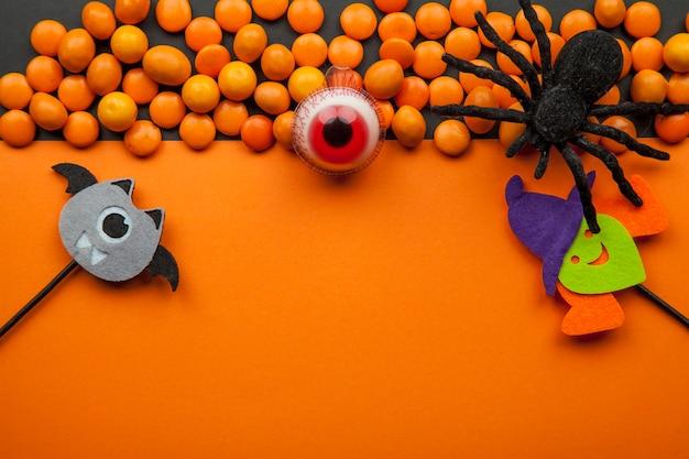 Decorazioni di halloween con lenticchie