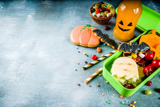 Halloween food, school lunch box