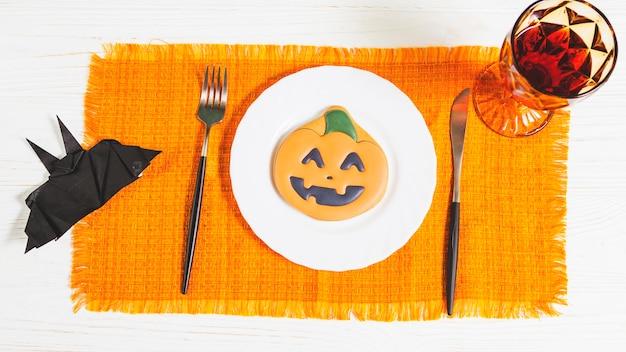 Halloween gingerbread on plate