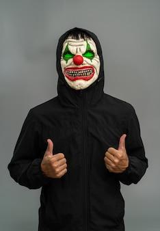 Костюм хэллоуина. портрет маски макияжа джокера.