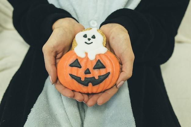 Biscotti di zucca di halloween