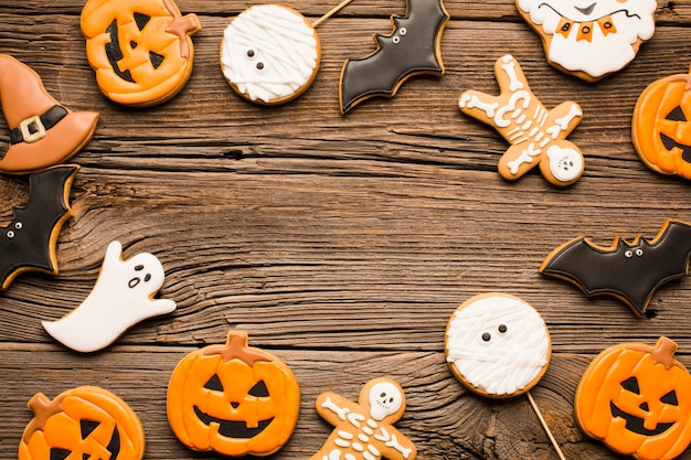 Halloween pumpkin and ghosts cookies
