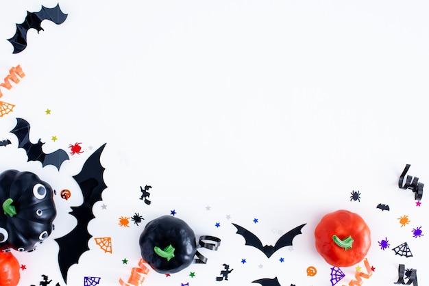 Тыквы на хэллоуин и элементы с копией пространства