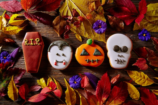 Halloween sweet biscuits pumpkin skull tomb vamp