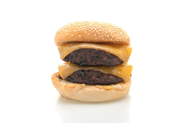 고립 된 치즈와 햄버거 또는 쇠고기 햄버거