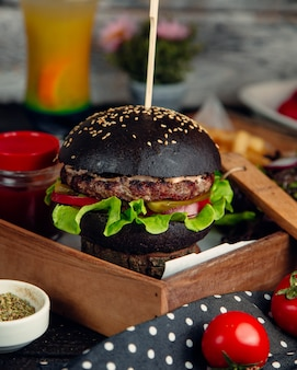 Hamburger with black sesame bun