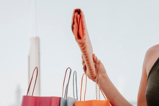 손, 가방 및 핸드백