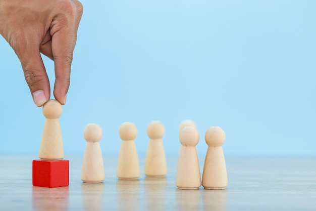 Вручите бизнес человеческим ресурсам, сотруднику по набору персонала и управлению талантами с успешной концепцией руководителя бизнес-команды - изображение.