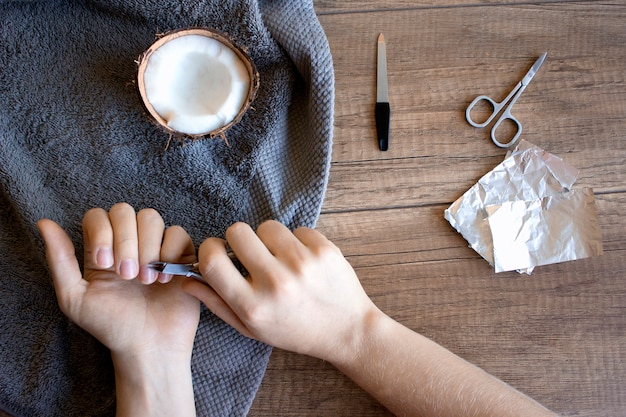 Hand care, folk hand care
