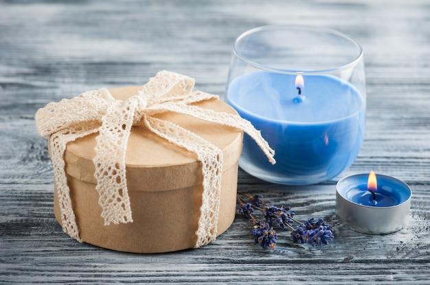 나비, 라벤더와 손으로 만들어진 선물