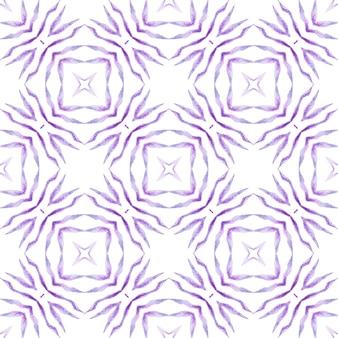 Ручной обращается тропический бесшовные границы. фиолетовый интересный летний дизайн в стиле бохо-шик. текстильный готовый симпатичный принт, ткань для купальных костюмов, обои, упаковка. тропический фон.