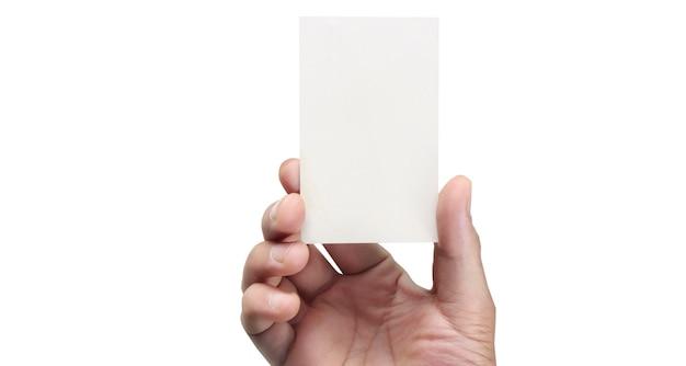 Рука держит пустую визитную карточку