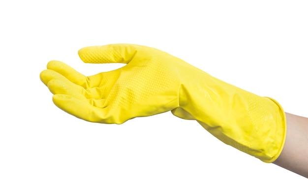 Рука в резиновой кухонной перчатке, изолированные на белом фоне