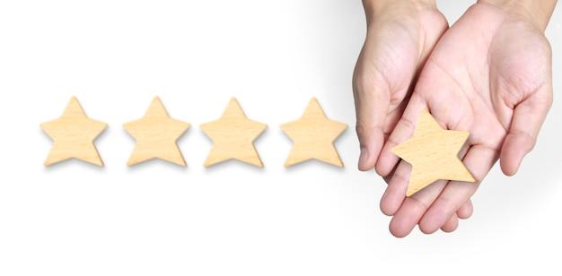 퍼팅의 손이 5 성형을 증가시킵니다. 최고의 비즈니스 서비스 등급 고객 경험 개념