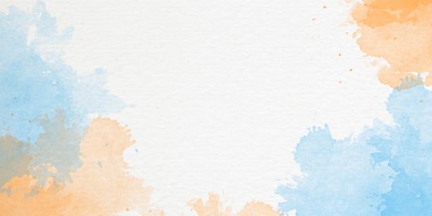 손으로 그린 하늘과 구름 모양 수채화 배경