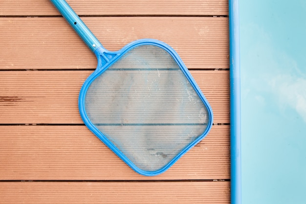 Ручные сита для удаления грязи у бассейна