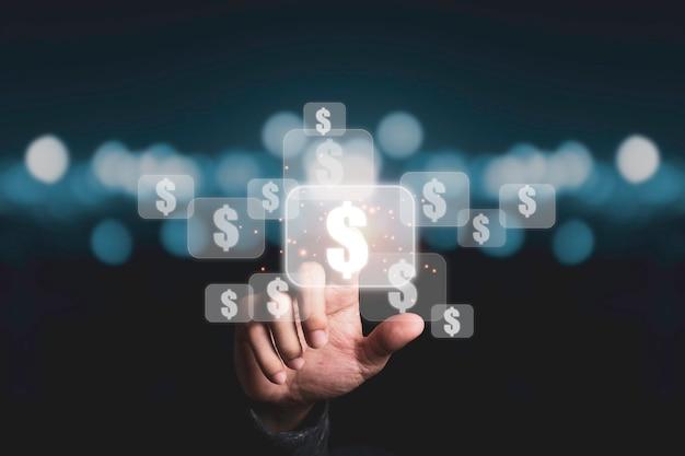 Рука, касающаяся виртуального знака доллара сша с синим фоном боке, доллар сша - соединенные штаты америки