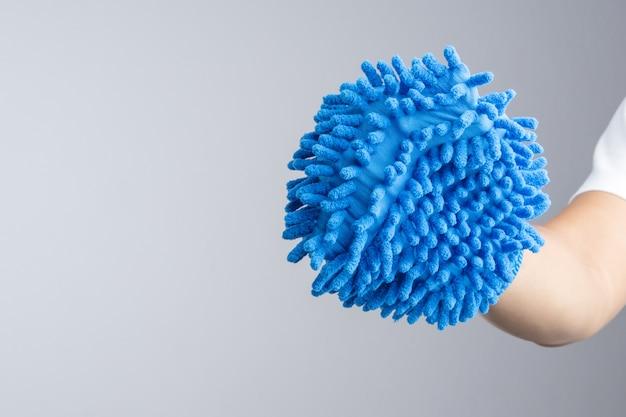 手袋を着用した手袋または両面ミットマイクロファイバー洗車