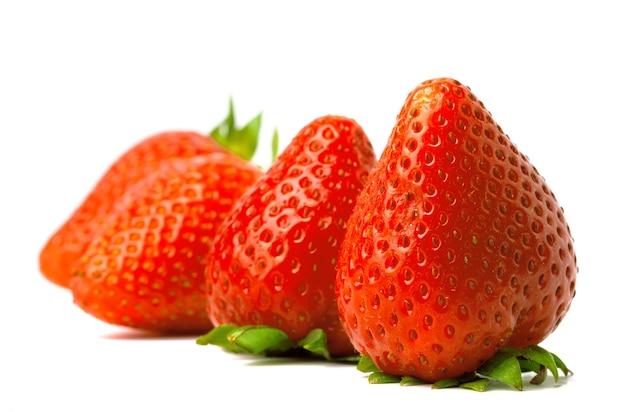 소수의 고립 된 딸기