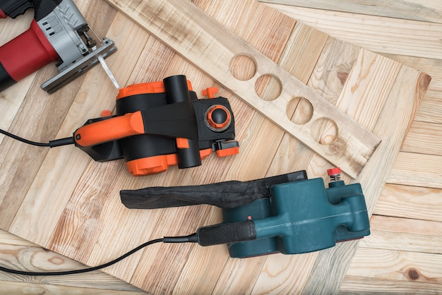Handheld woodworking power tools for woodworking