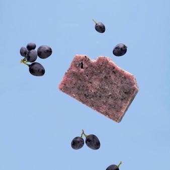 手作りの天然ブドウ石鹸