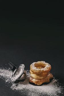 Вкусный пончик ручной работы